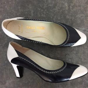 Bally Suisse vintage heels shoes Pumps navy white